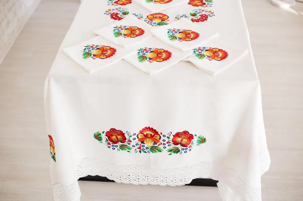 стол прямоугольный скатерть