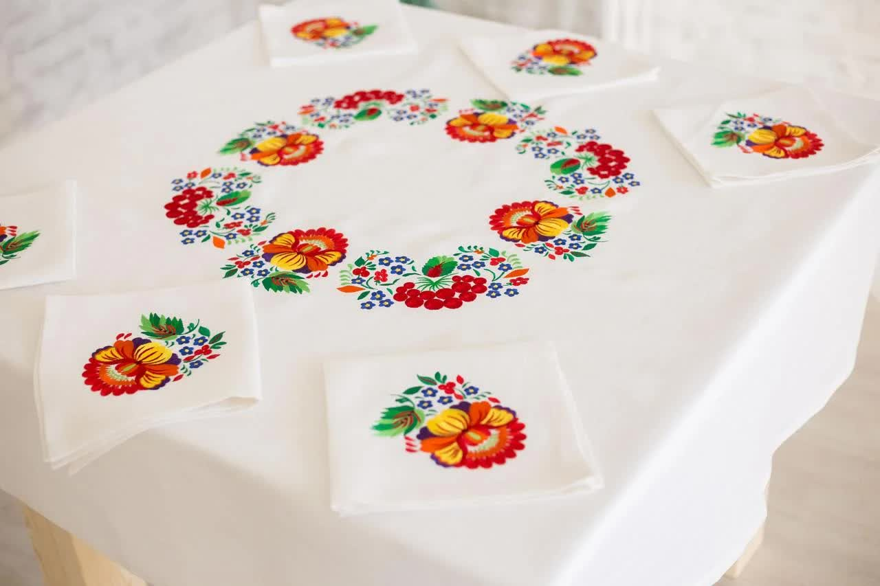 linen tablecloth in the interior