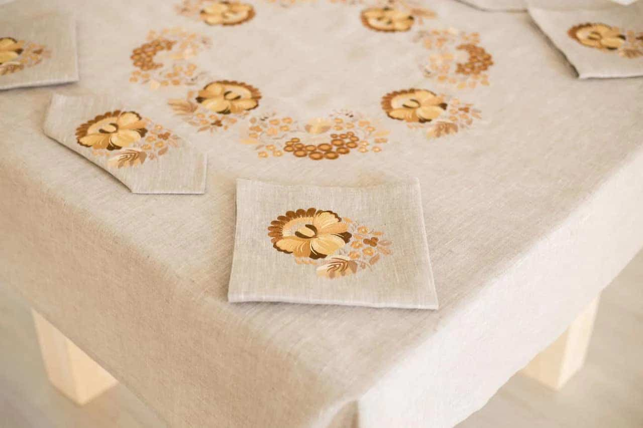 to buy a tablecloth in the Dnipro