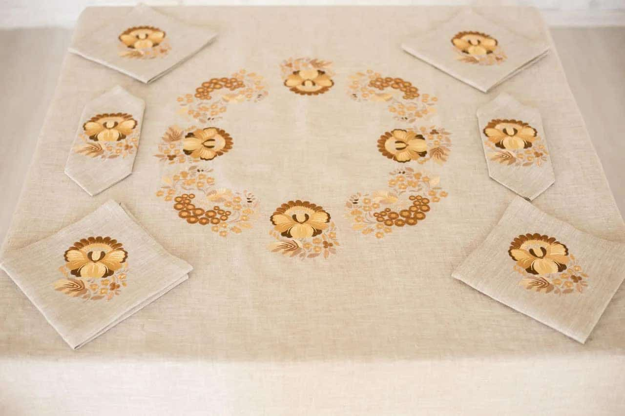 linen tablecloth Dnipro
