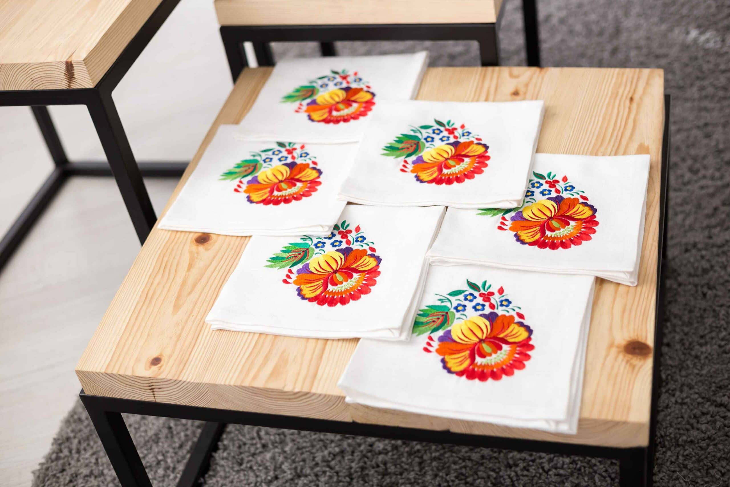 embroider a napkin
