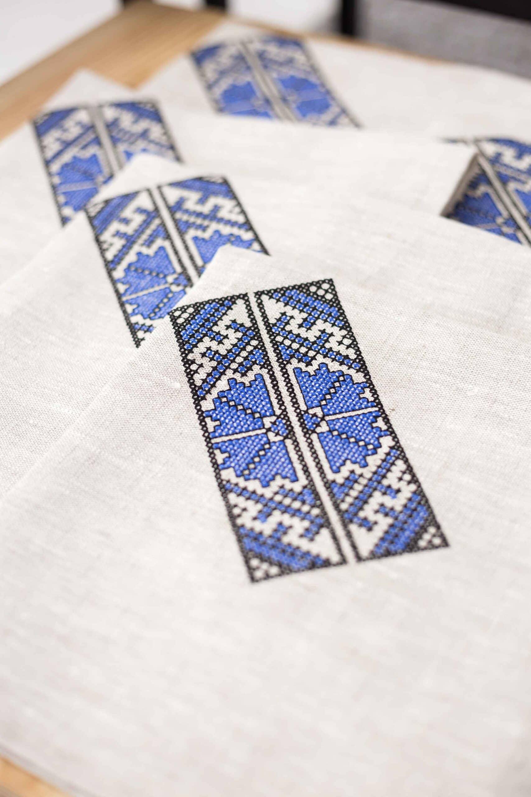 napkin for silver