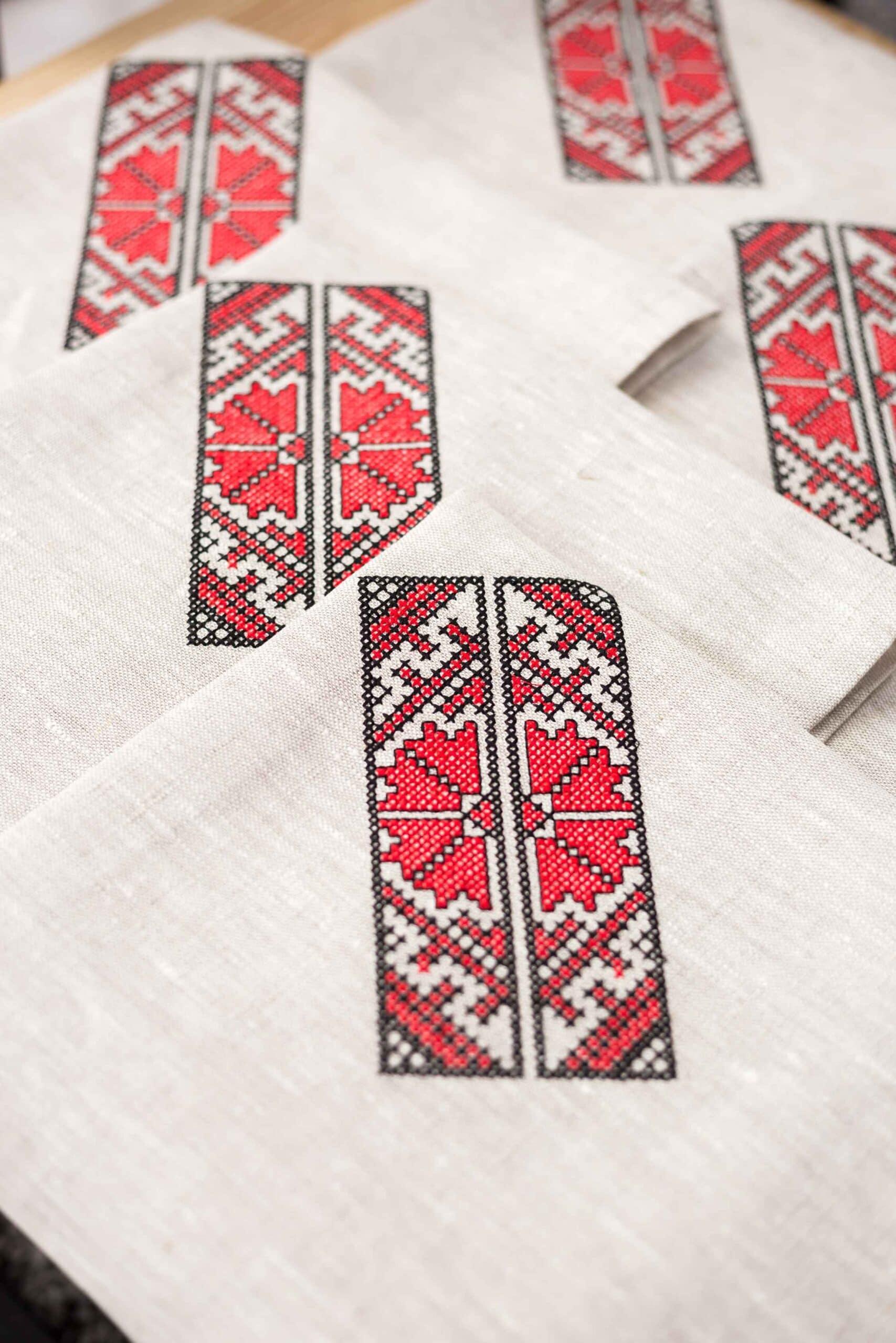салфетка крестиком