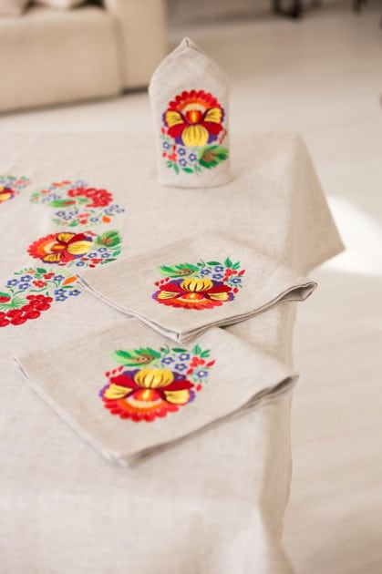 Tablecloth made in Ukraine