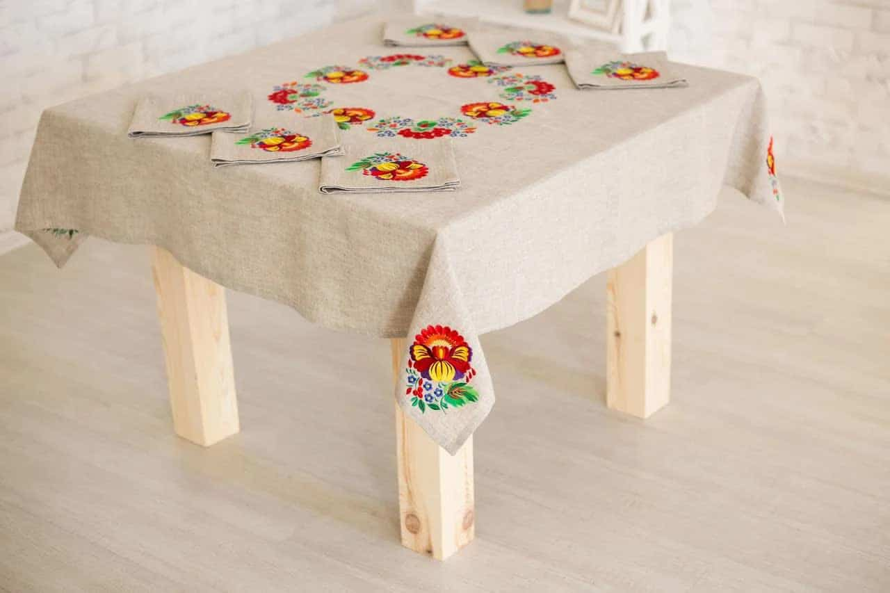 Tablecloth with Ukrainian embroidery