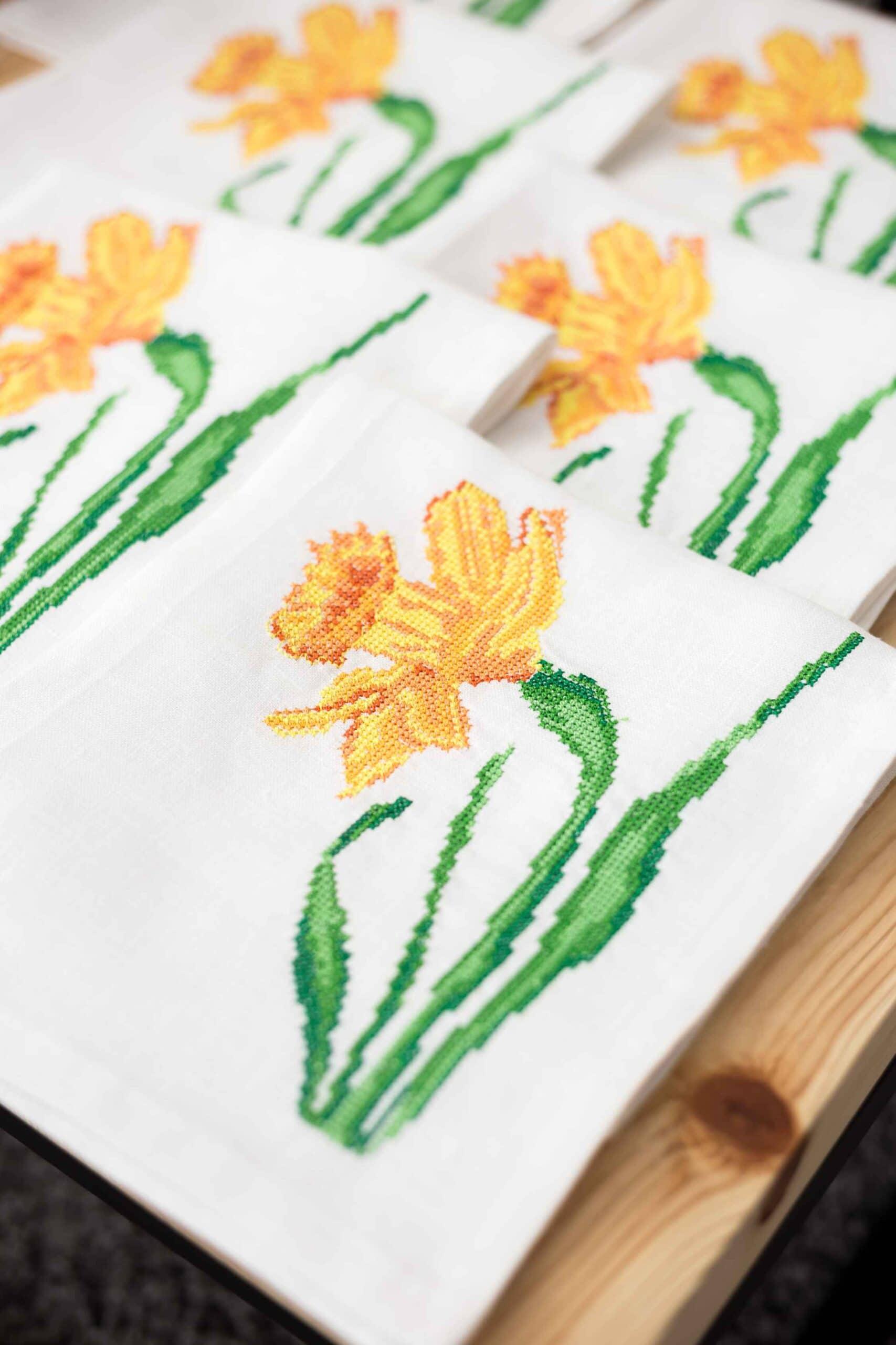 салфетки с вышивкой полевые цветы