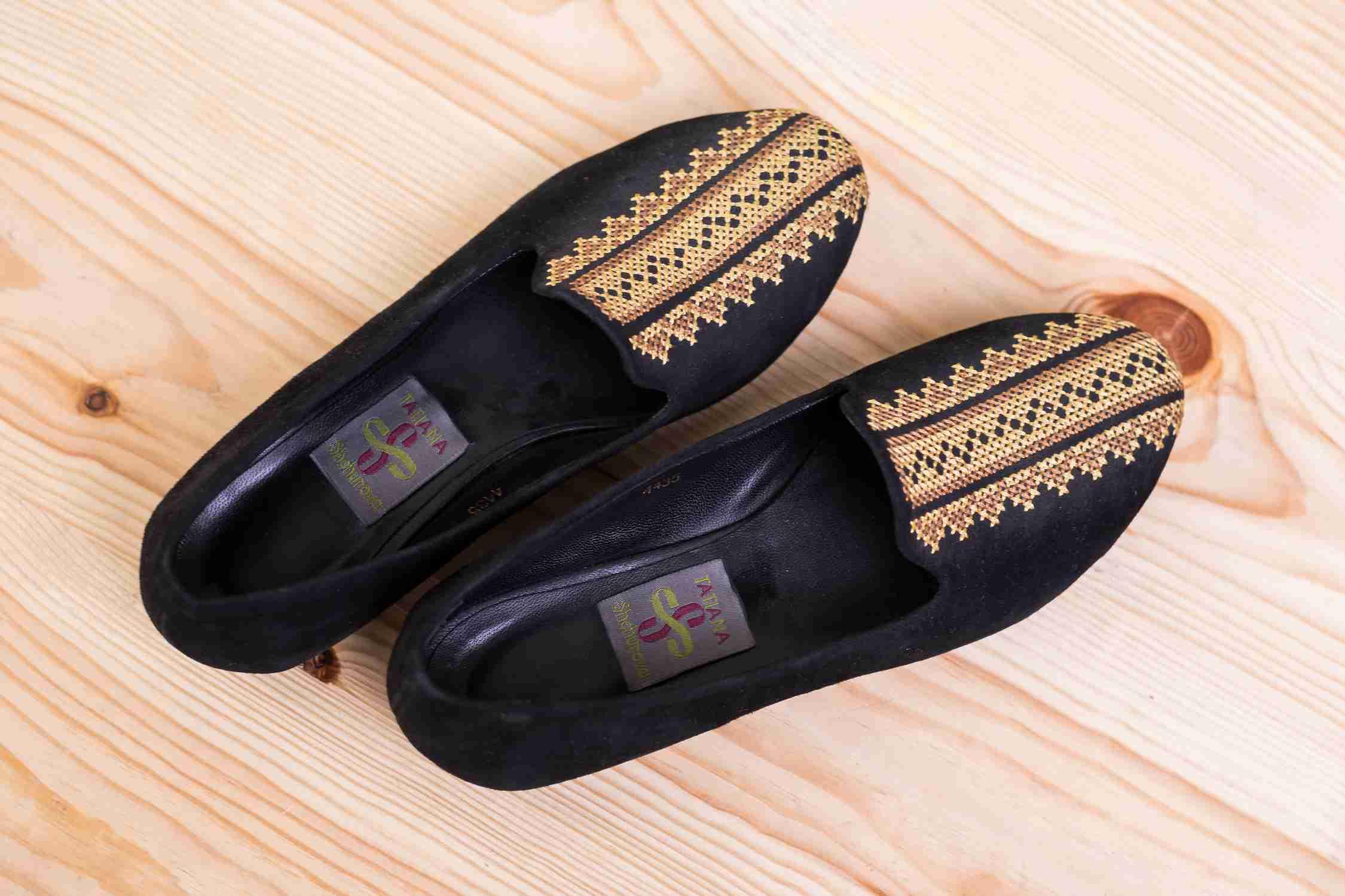Туфли с вышивкой купить