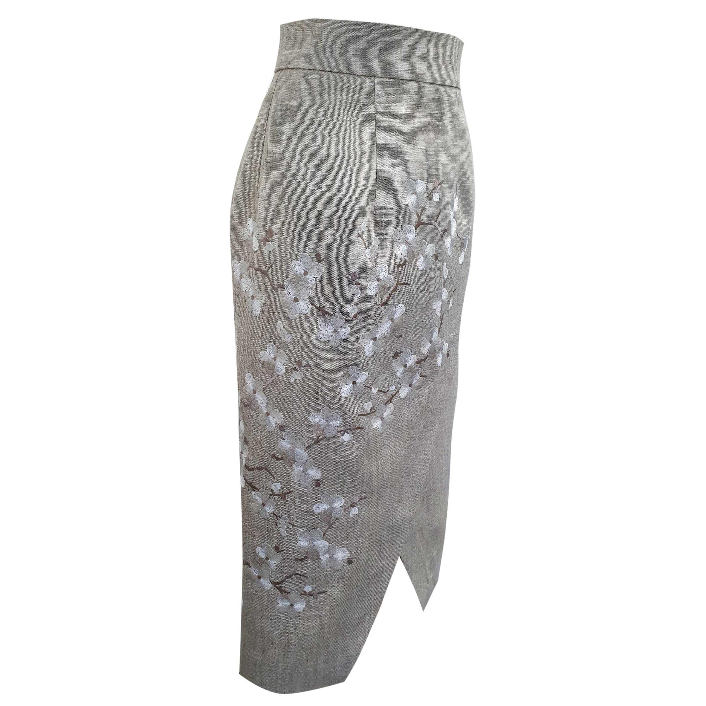 юбка с вышивкой ришелье